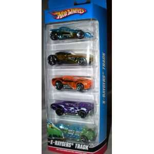 Hot Wheels 5 Car Gift Pack   X Raycers Track Toys & Games
