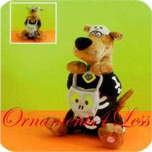 Hallmark 2010 Halloween Scooby Doo Skeleton Magic Plush