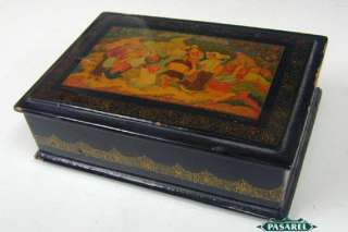 Great Russian Lacquered Papier Mache Wooden Jewelry Box