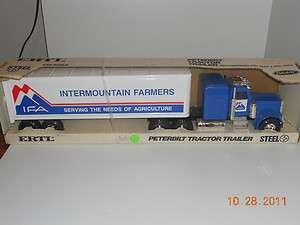 Peterbilt Intermountain Farmers Semi Tractor Trailer NIB H2F 9966 Rare