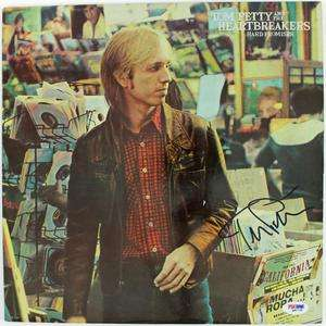TOM PETTY HARD PROMISES SIGNED ALBUM COVER W/ VINYL PSA/DNA #Q41728
