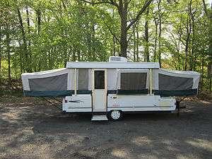 2000 Coleman Bayside Popup Camper *Sleeps 6 Comfortably*