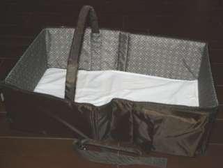 Eddie Bauer Portable Travel Bassinet Crib Zip Up Shoulder Carry Bag