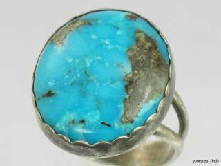 SOUTHWESTERN TRIBAL STERLING SILVER & BRIGHT BLUE TURQUOISE RING