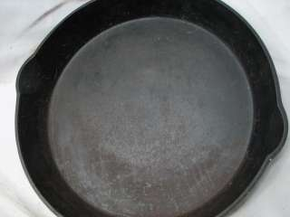 SKILLET FRYING PAN INDIAN HEAD MEDALLION LOGO SMOKE/HEAT RING