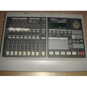 ROLAND VS 880 DIGITAL STUDIO WORKSTATION Musical