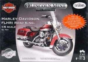 TES7221 Harley Davidson FLHRI Road King Motorcycle (Met