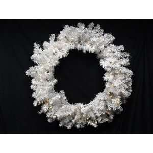 30 Battery Operated Pre Lit LED Snow White Christmas Wreath   Clear