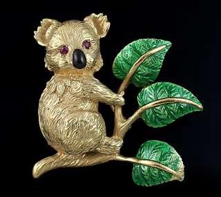 EXCELLENT 18K YELLOW GOLD & ENAMEL REALISTIC KOALA BEAR PIN