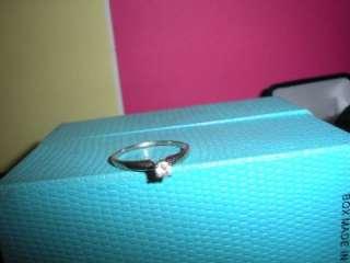 VINTAGE GENUINE DIAMOND 14KT WHITE GOLD SOLITAIRE RING