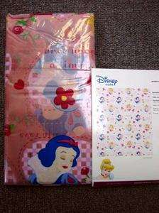NEW DISNEY PRINCESS LOVES 1st KISS VINYL SHOWER CURTAIN SNOW WHITE