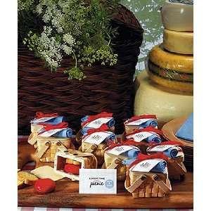 Garden Wedding Favor Boxes   Picnic Baskets Everything