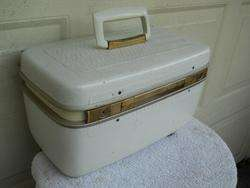 Vintage White Hard Shell Vinyl Luggage Train Case 15x8x8 Needs good