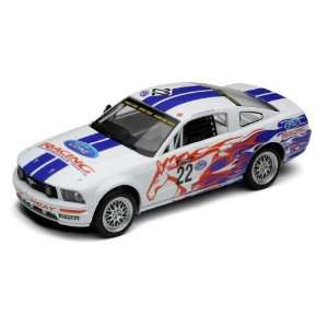 Scalextric  Ford Mustang FR 500C (Slot Cars): Toys & Games