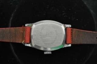 VINTAGE MICKEY MOUSE INGERSOLL CHARACTER WRISTWATCH ORIGINAL BAND
