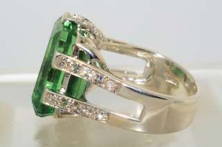 500 20.70CT EMERALD CUT GREEN QUARTZ & WHITE TOPAZ RING SIZE 7