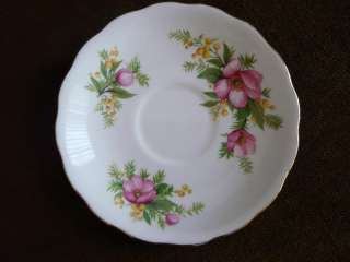 VINTAGE ROYAL VALE BONE CHINA SAUCER ENGLAND |