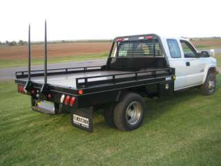Deluxe flatbed w/ bale hauler for dual wheel truck