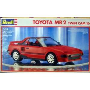 REVELL 07277 Toyota MR2 Twin Cam 16 124  Spielzeug