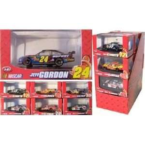 187 scale NASCAR WINNERS CIRCLE DIECAS CAR ASSORMEN