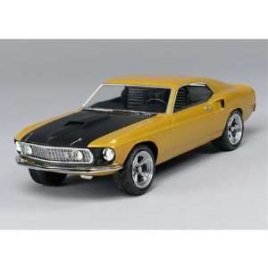 AMT Resto Rods 1969 Ford Mustang Mach 1 Model Kit: Toys