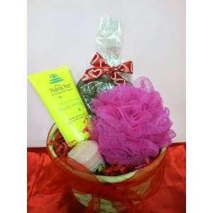 Valentine small gift basket
